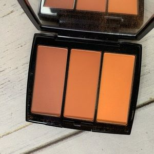 Anastasia Beverly Hills Blush Trio in Peachy Love
